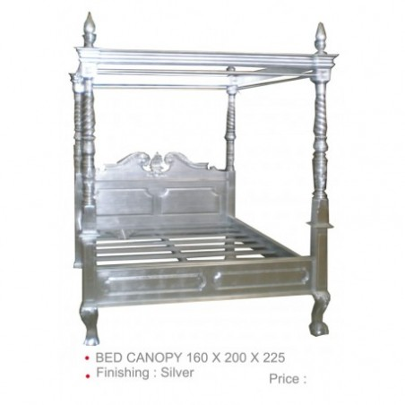 Silverwood canopy bed rental